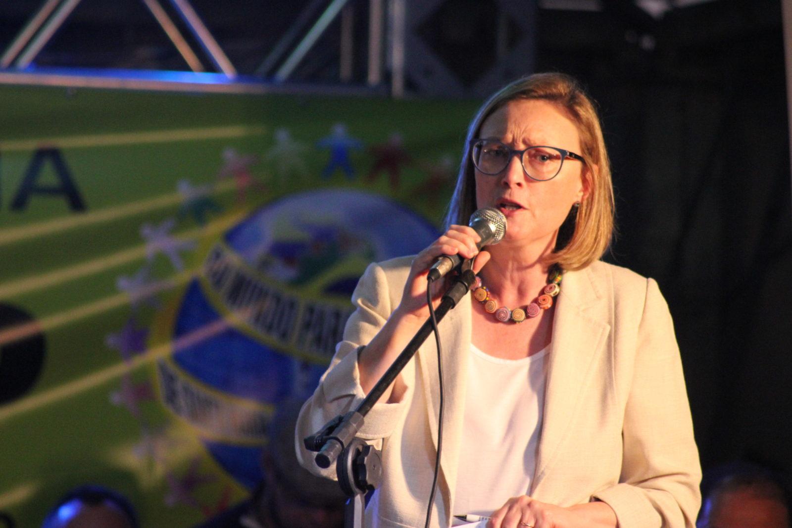 Maria do Rosário na  24ª Feira Internacional de Cooperativismo (Feicoop)